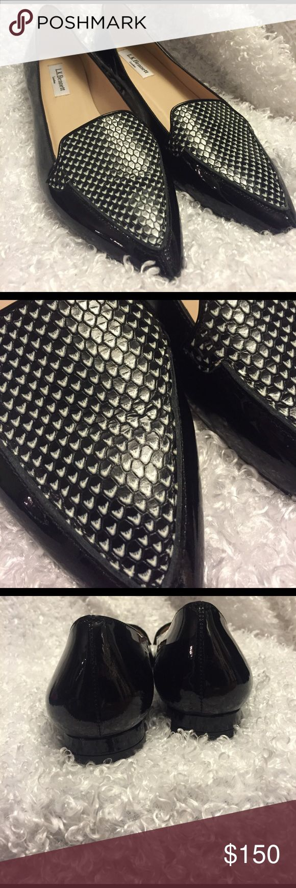 LK Bennett black patent leather shoes. Size 39 EUC. Like new. Not flaws or blemishes. Only sign of wear is on soles. LK Bennett Shoes Flats & Loafers