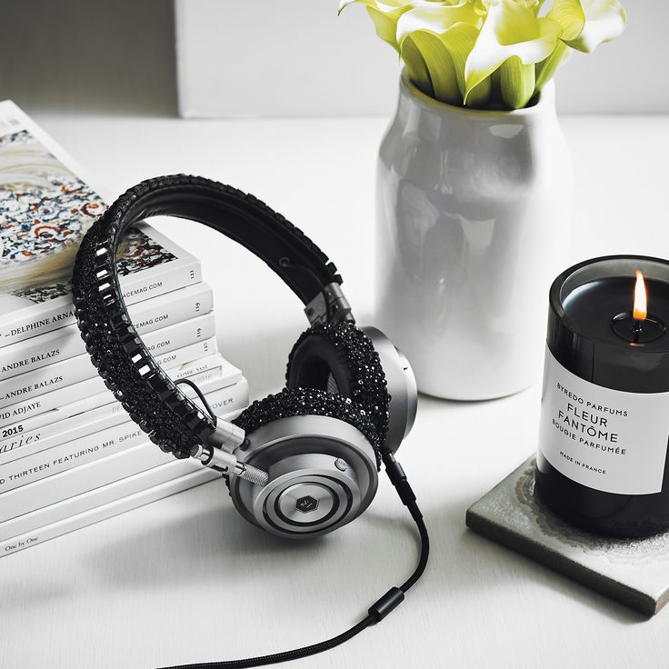 Today we announced a limited edition headphone with luxury accessory designer Carolyn Rowan.