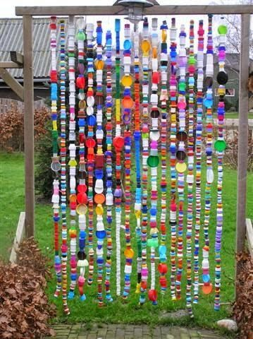 A bit of garden whimsy ... made of bottle caps         |          Outdoor Areas