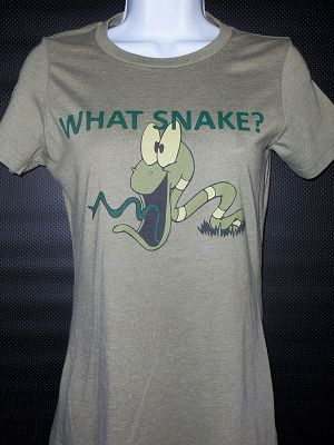 WHAT SNAKE?  For those that don't let obstacles stand in their way - Women's T-shirt