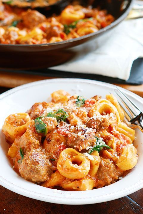 This Italian Sausage Tortelliniis bursting with rich, fresh flavors. A decadent, creamytomato sauce surrounds pillowy soft, cheesy tortellini andbold, seasoned Italian sausage. It's like something everyone would rave over at a restaurant, but you made it at home. And my favorite thing about this recipe? It's another one of our signature One-Pot Dinners. It's so …