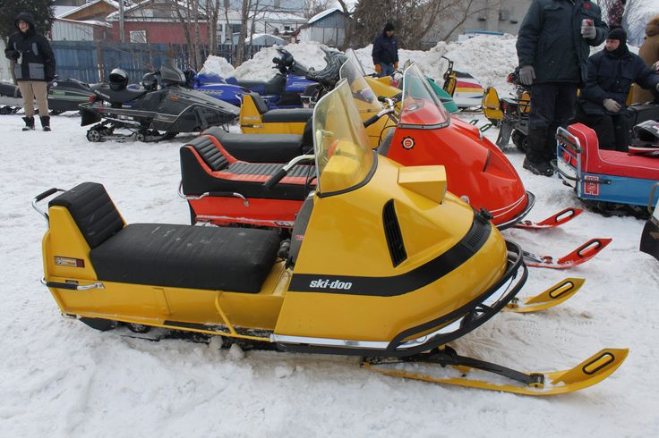 SkiDoo Olympic Vintage sled, Winter sports, Snowmobile
