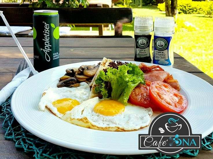 Delicious Breakfast  Come and enjoy a breakfast in our beautiful garden.  #breakfast #eggs #bacon #tomatoes #mushrooms #food #greatfood #freshfood #foodie #yummy #cafedna