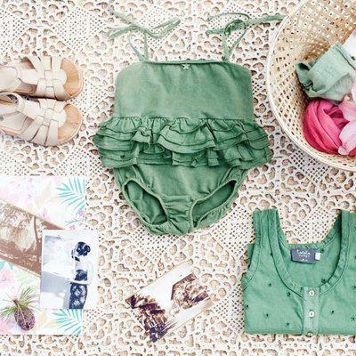 Maillot de bain bébé - vert TOCOTO VINTAGE. Petit maillot de bain original, doux…