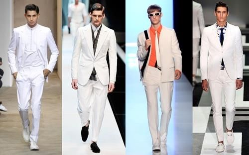 Мужской костюм белого цвета