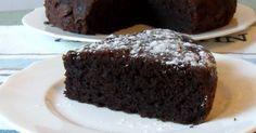 Torta al cioccolato e ricotta che si scioglie in bocca. Ricetta facile e veloce della torta morbida al cacao e ricotta: leggera, umida, si scioglie in bocca