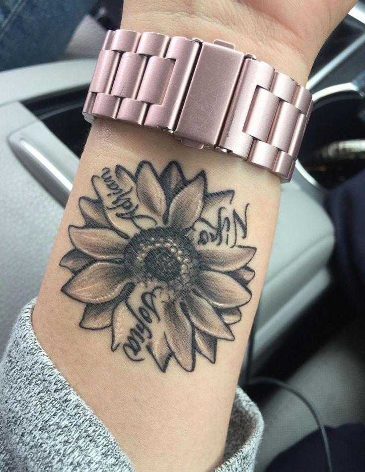 Cute Name Tattoos: 37 Cute And Beautiful Small Tattoo Ideas For Women