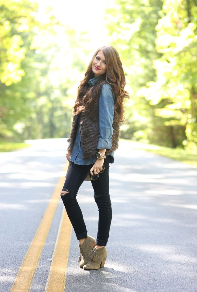 Fur vest, denim shirt, black slim pants, beige booties: