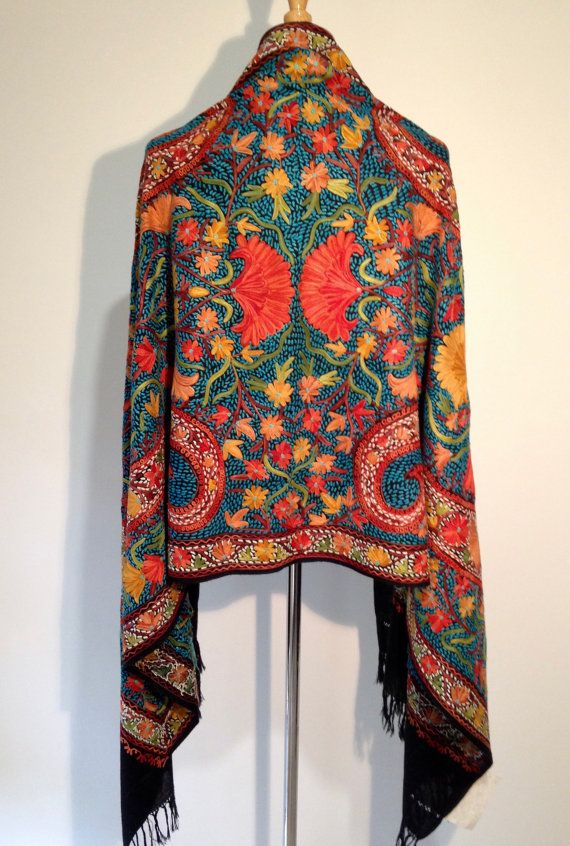 EXQUISITE HANDMADE SHAWL made in Kashmir by KashmirCouture on Etsy