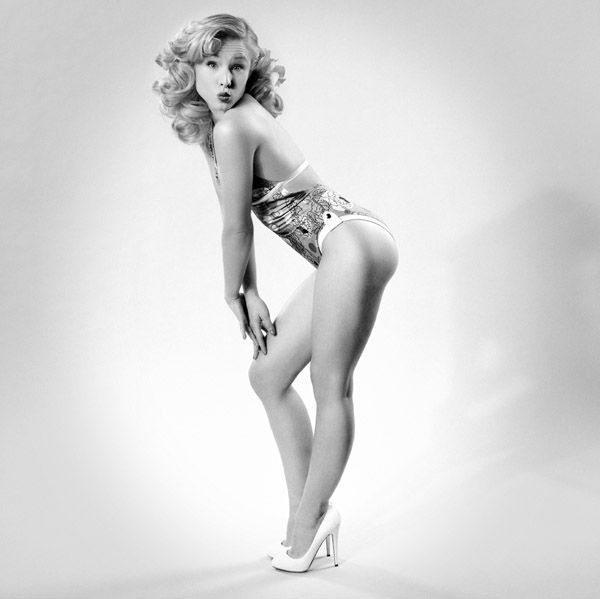 Christina aguilera hottest pics
