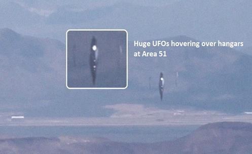EUA Área 51 - Novas cenas mostrando três UFOs enormes pairando sobre hangares na Área 51