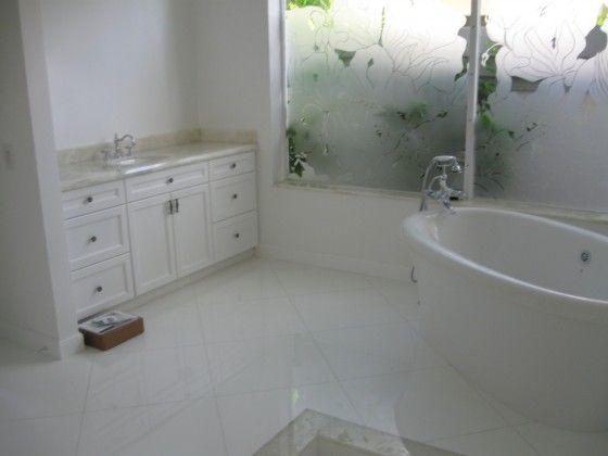 #bathroom #luxury #luxurybathroom #counter #countertop #vanity #sink #home #design #naturalstone #white #whiteonyx #onyx #southflorida #delraybeach #natureofmarble #onyxbath #onyxbathroom #onyxcounter #onyxcountertop #onyxvanity