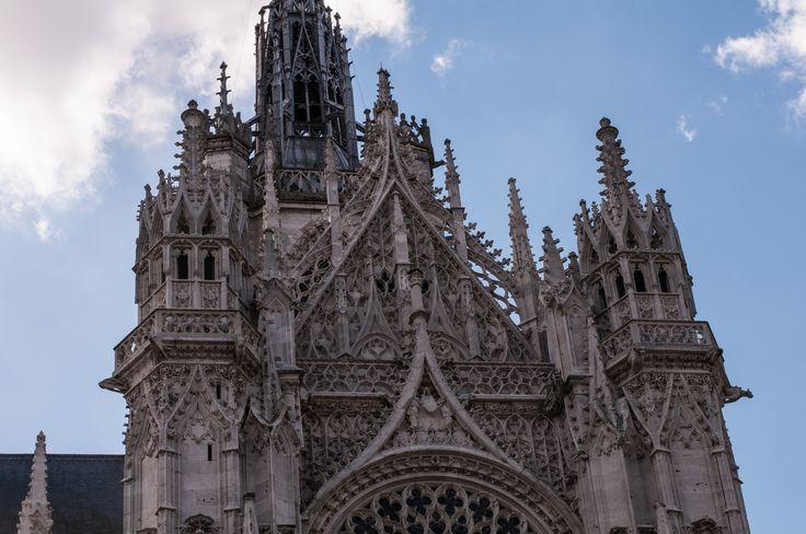 Cath drale d 39 evreux dentelle gothique flamboyant au dessus for Art gothique