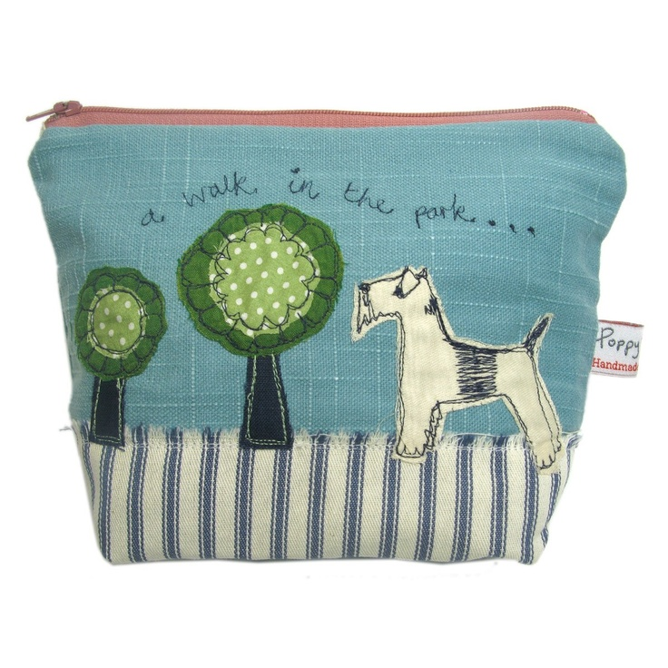 dog - big make up bag