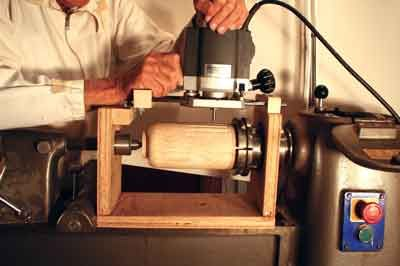 Workshop Wednesdays - Simple Router Jig - Woodturning Magazine - woodworkersinstitute.com;