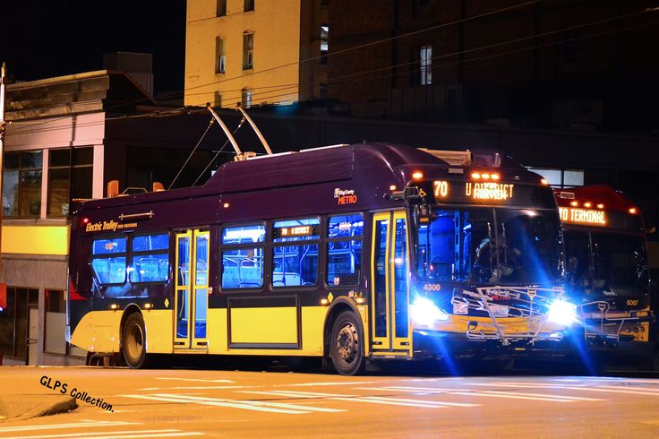 King County Metro New Flyer Xeclsior Xt40 4300 On Route
