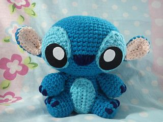 An amigurumi version of baby Stitch.