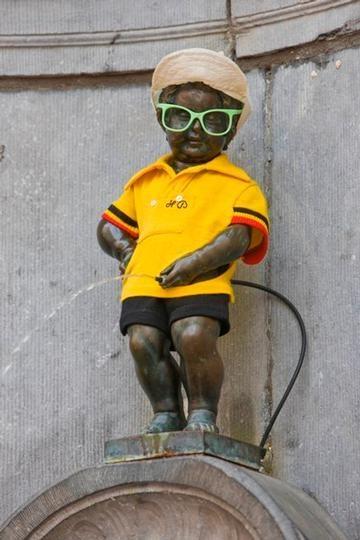 Manneken-Pis: maillot jaune Tour de France - gele trui (Tour de France) - yellow jersey Tour de France