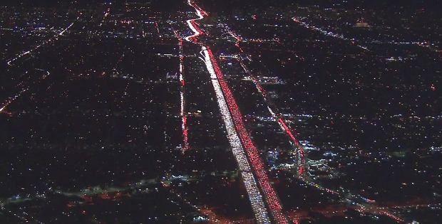 Korek w Los Angeles przed Świętem Dziękczynienia