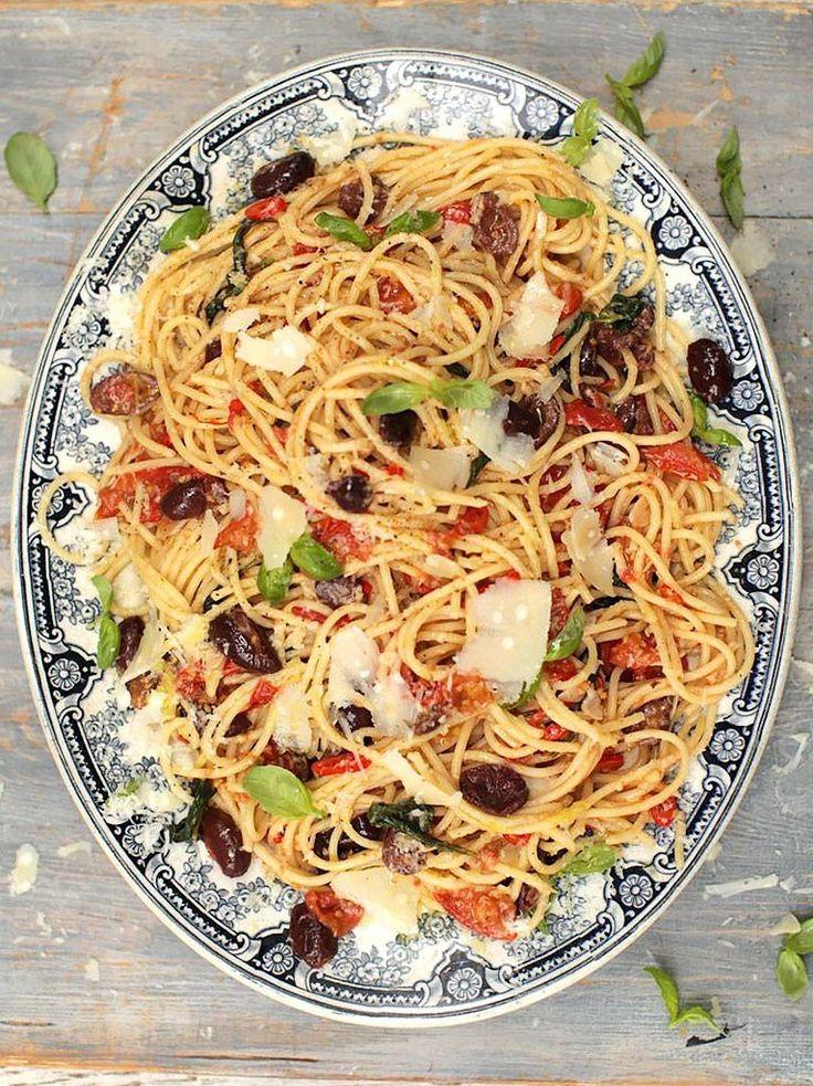 Gennaro's spaghetti alla puttanesca - Great idea to use leftover anchovies