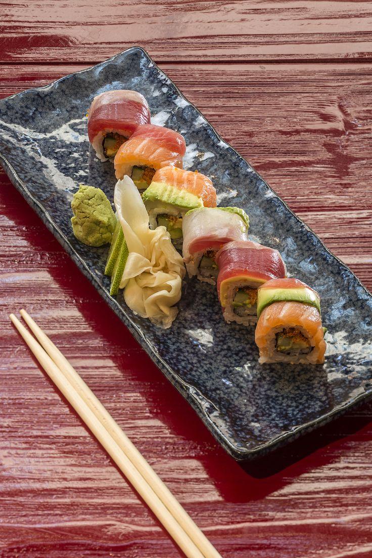 Το εστιατόριο Pasaji προσφέρει πάνω από 20 φανταστικές επιλογές sushi! Επιλέξτε τον αγαπημένο σας συνδυασμό και απολαύστε! #Pasaji #PasajiAthens #CityLink #Athens #Food #AthensFood #Restaurant #AthensRestaurant #FoodInAthens #RestaurantInAthens #LunchBreak #Athens #sushi #sushimix