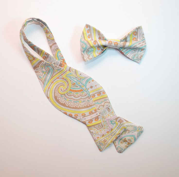 Men's ties Paisley freestyle and pre-tied bow ties Wedding bow ties Cravates de mariage Hochzeits querbinder Men's gifts Groomsman bow ties by accessories482 on Etsy