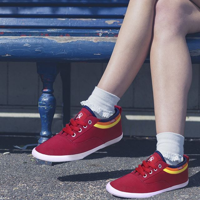 Indonesia adalah negara penghasil karet terbesar kedua di dunia! Mari kita rayakan dengan memakai sneakers Ardiles!  #ardiles #ardilessneakers #sneakers #indonesia #madeinIndonesia #NaturalRubber #doodle #fashion #pictoftheday #ootd #casual #keren #kekinian #livefolkindonesia #traveling #jalan2man #indie #jakarta #bekasi #surabaya #medan #palembang #pekanbaru #manado #tangerang #bandung #onlineshop #olshop #olshopindo
