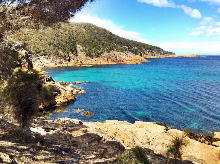Sleepy Bay and Gravelly Beach located in Freycinet National Park, Tasmania