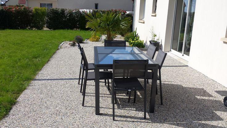 Les 25 meilleures id es de la cat gorie table jardin for Table extensible terrasse