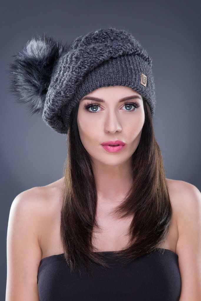 Slouchy Knit Beret with Faux Fur PomPom