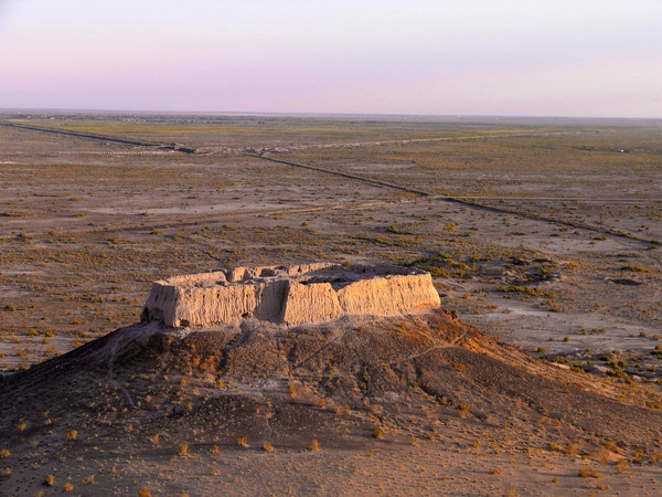 Ayaz Kala is a desert fortress on the Khorezm section of the Great Silk Road. Grape presses and twelve golden statues were found in the ruins of the ruler's palace, dating from the third century BC. The two surviving forts date from 400 to 700 AD.