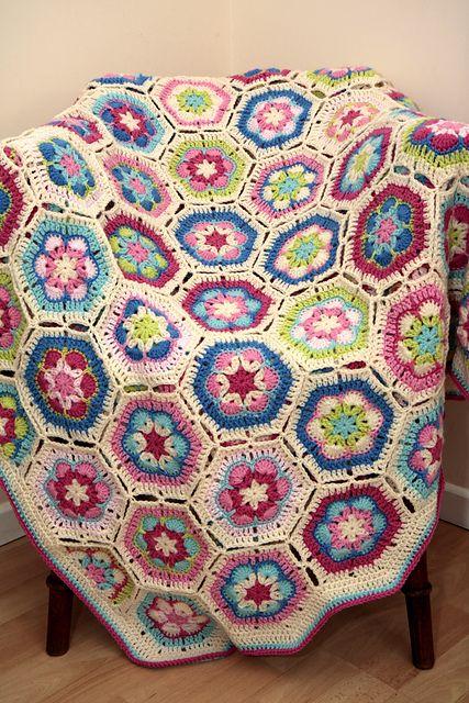African Flower crochet blanket