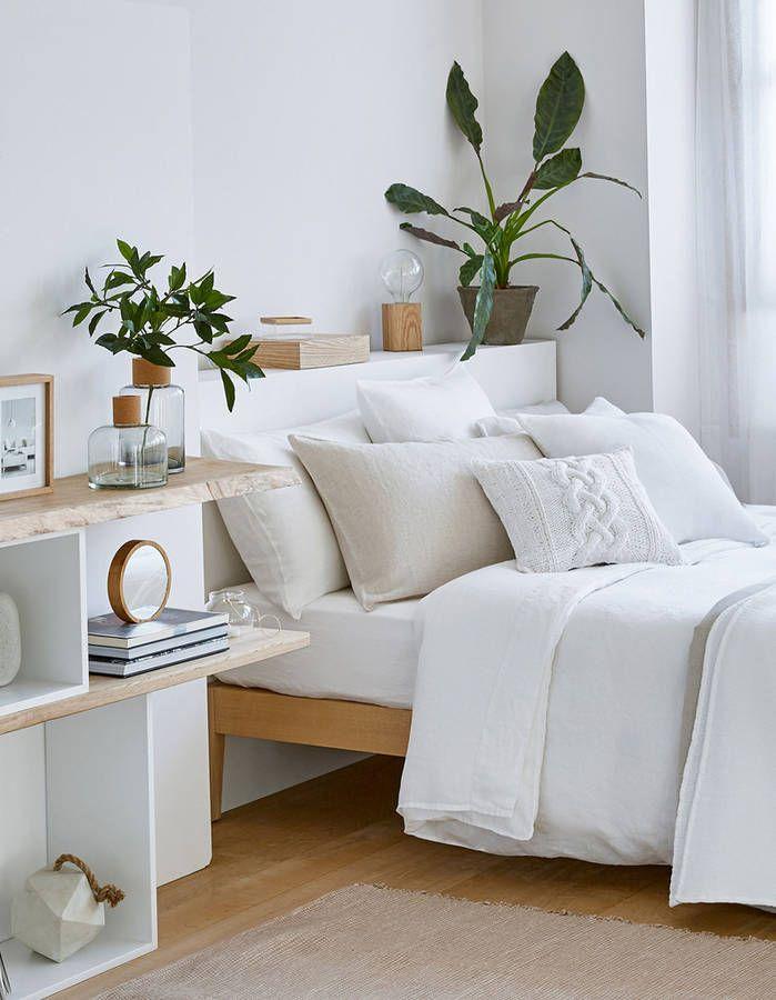 une chambre blanche rafra chie par des touches v g tales lo nice pinterest chambre blanche. Black Bedroom Furniture Sets. Home Design Ideas