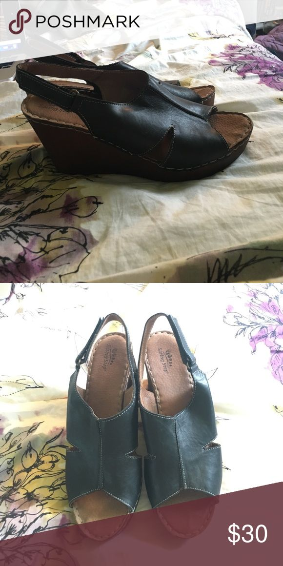 Dansko Shoes Discounted Price