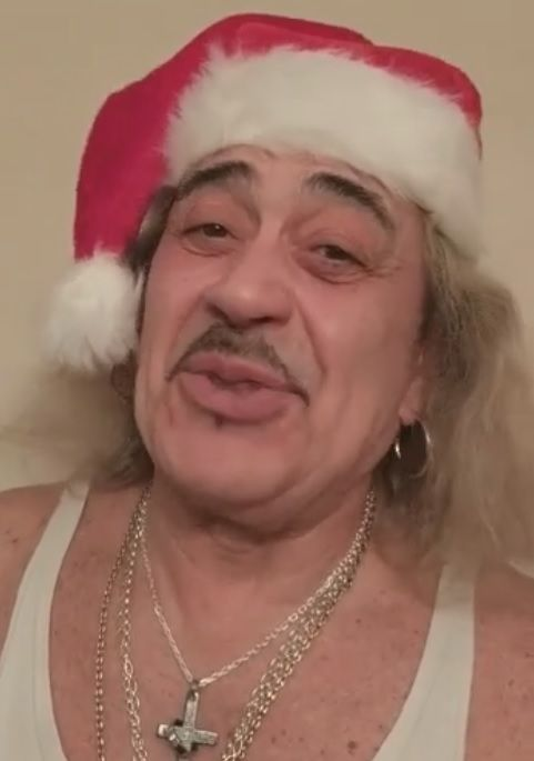 VIDEO: XFactor's Wagner sends Christmas message to Workington Uppies http://www.cumbriacrack.com/wp-content/uploads/2016/12/wagner-xfactor.jpg The XFactors's Wagner has sent a message to the people of Workington wishing the Uppies a Happy Christmas and challenging the downies, saying they have no chance next Easter    http://www.cumbriacrack.com/2016/12/25/video-xfactors-wagner-sends-christmas-message-to-workington-uppies/