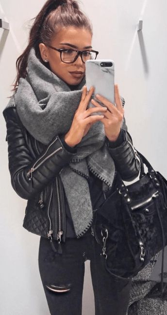 21 Cute Winter Outfit Ideas for January ❄ CherryCherryBeauty.com