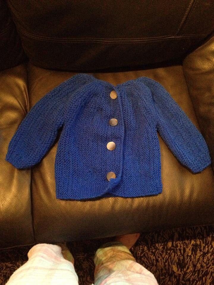 Strikke jakke fra nøstebarn