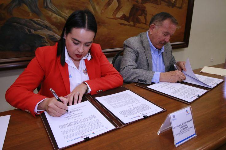 Firman convenio de intervención sociocultural en Riberas de Sacramento