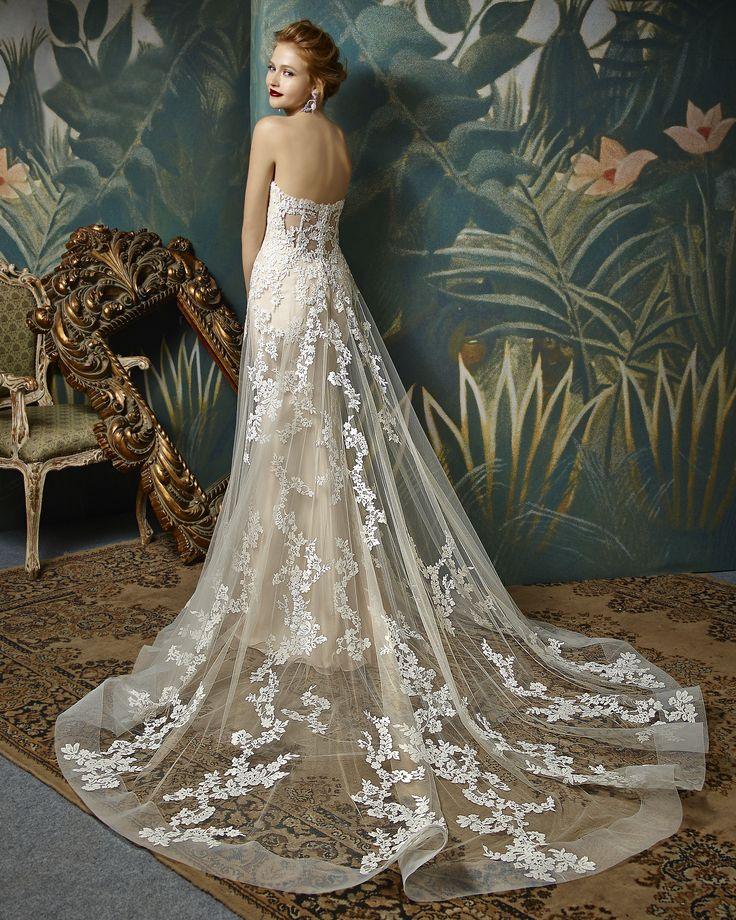 Enzoani bridalwear. Jilly design from the Enzoani Blue 2017 collection.  Sweetheart strapless lace detailed blush and ivory wedding dress with long sheer lace train. Sheer back