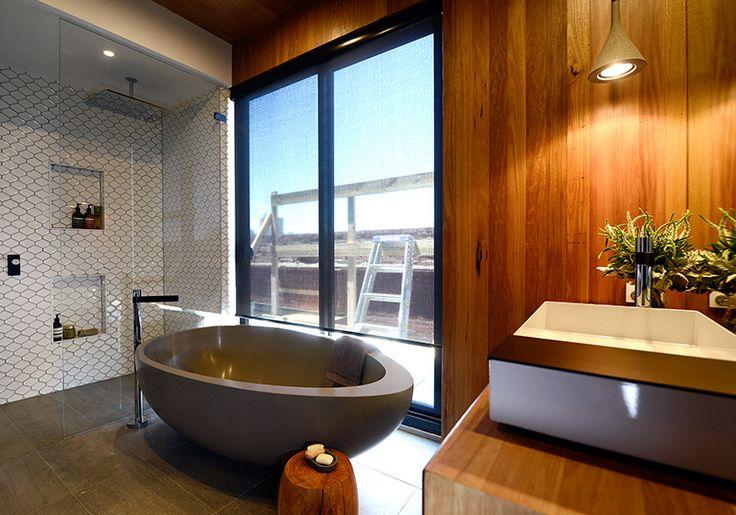 Kyal and Kara - Main Bathroom
