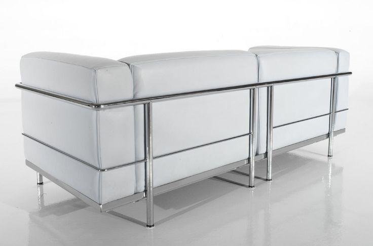 Imagen de http://img.archiexpo.es/images_ae/photo-g/sofa-moderno-cuero-p-jeanneret-le-corbusier-9515-3069497.jpg.