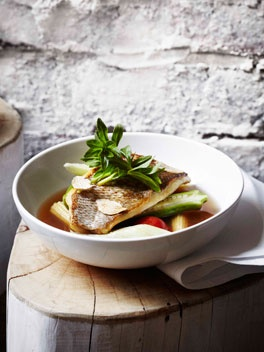 Dandelion: Sour fish soup with elephant ear stem, tamarind and pineapple.Chefs Recipe, Elephant Ears, Sour Fish, Soup Recipe, Wonder Soup, Soup Spoons, Ears Stem, Chef Recipes, Fish Soup