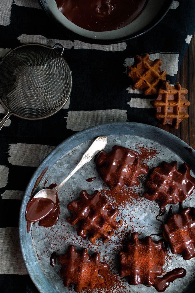 Gaufres chocolat ultimes {vegan} - aime & mange