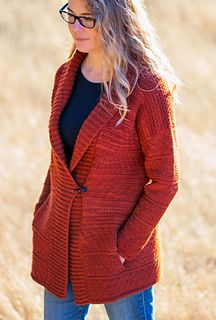 Come join the Bodie KAL that is getting underway in the Blue Bee Knits group!