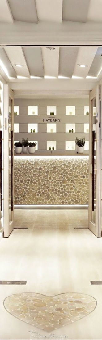 Product presentation . Bamford Haybarn Spa at The Berkeley Hotel in London | House of Beccaria#
