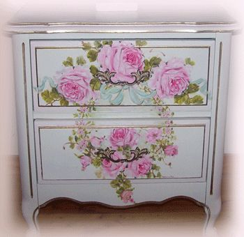 Gorgeous Vintage French Cottage Wood End Table Hand Painted, By Catherine  Risi, With A Spray Of Roses Tied In A Bow Forming A French Wreath With  Small ...