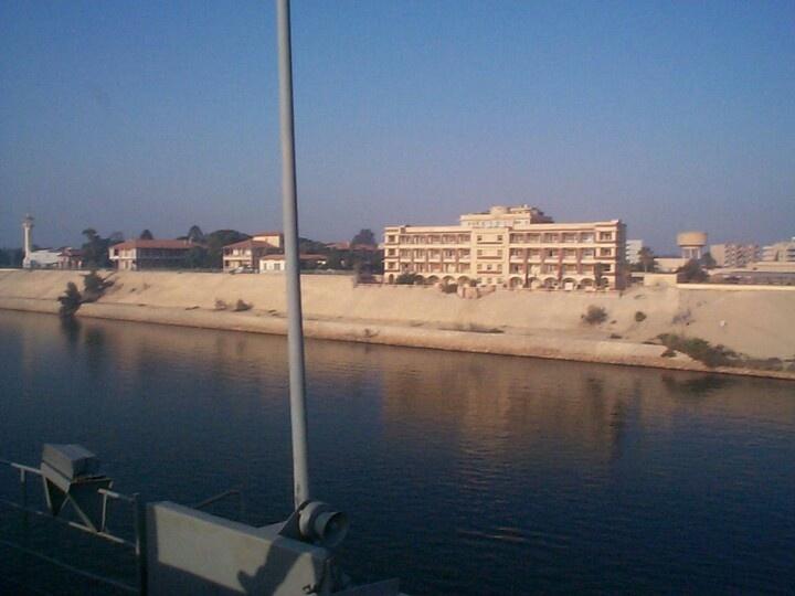 Suez4