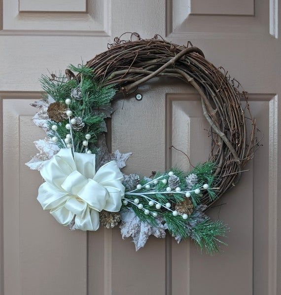 White Christmas Grapevine Wreath Winter Wreath Holiday Wreath Farmhouse Wreath Front Door Wr Grapevine Wreath Winter Wreath Winter Wreath Diy