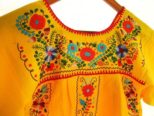 Bordado Mexicano a colores en Amarillo vida by Vestidos Mexicanos Bordados, via Flickr
