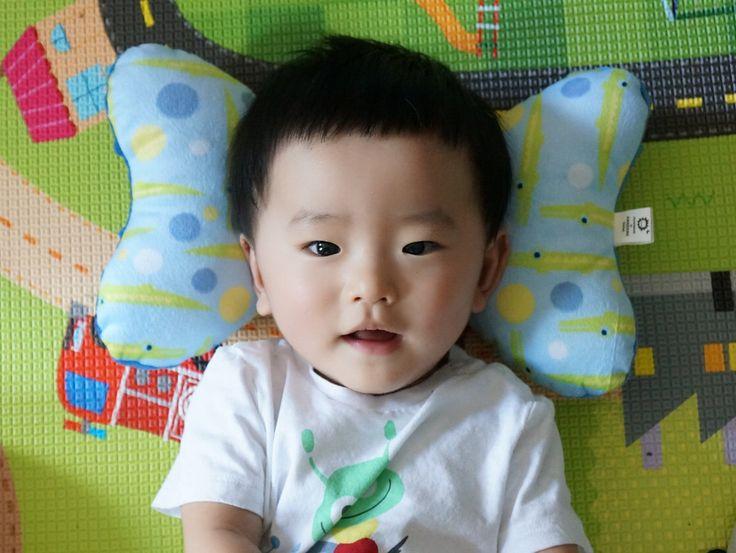 Car seat pillow ,elephant ear pillow, infant headrest pillow, stroller pillow,baby pillow, toddler pillow, kids pillow, baby pillow by AWESOMEbebe on Etsy https://www.etsy.com/listing/263671690/car-seat-pillow-elephant-ear-pillow